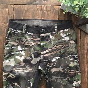 Under Armour Camo Pants, Size 10